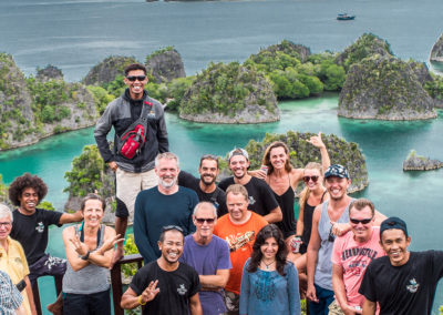 pianemo-lookout-lagoon-mikumba-diving-budget-raja-ampat-liveaboard-great-expedition