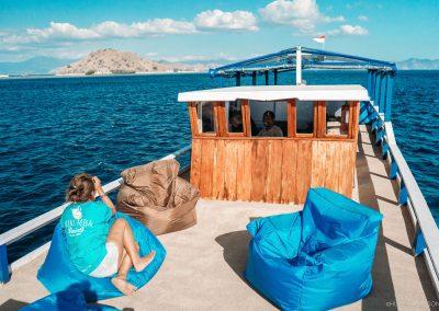 nusantara-diving-komodo-budget-liveaboard-boat-trip-in-komodo-island