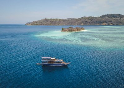 nusantara-day-boat-trip-in-komodo-island-diving-liveaboard